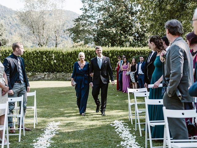La boda de Xavi y Anne en Olot, Girona 11