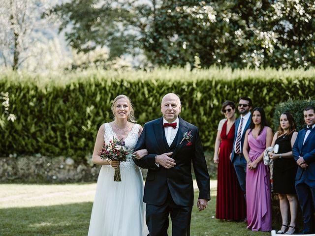 La boda de Xavi y Anne en Olot, Girona 14