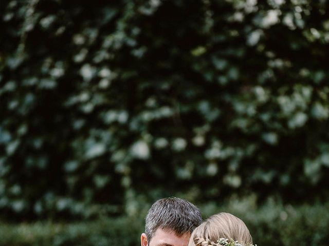 La boda de Xavi y Anne en Olot, Girona 17