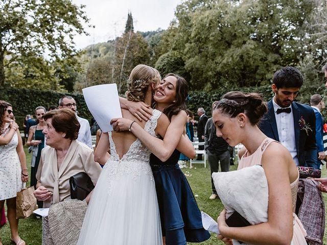 La boda de Xavi y Anne en Olot, Girona 24