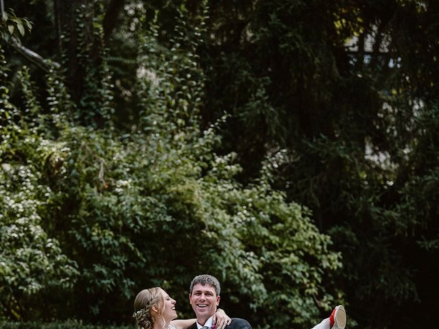 La boda de Xavi y Anne en Olot, Girona 29