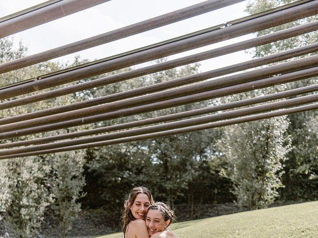 La boda de Xavi y Anne en Olot, Girona 35