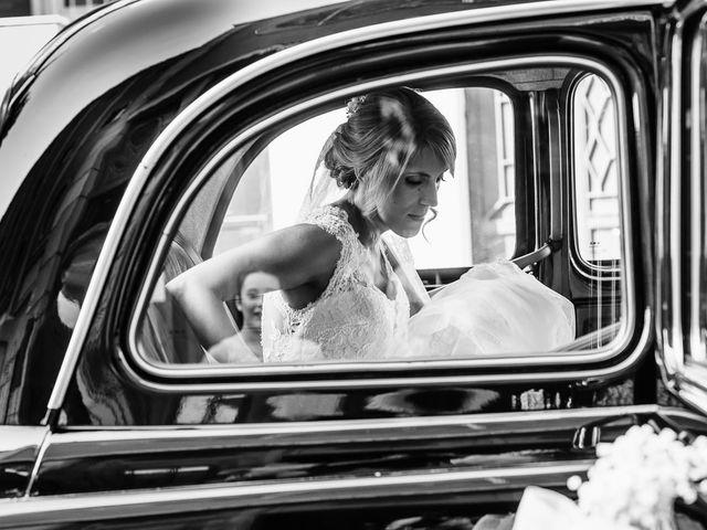 La boda de Angel y Leire en Torrelodones, Madrid 13