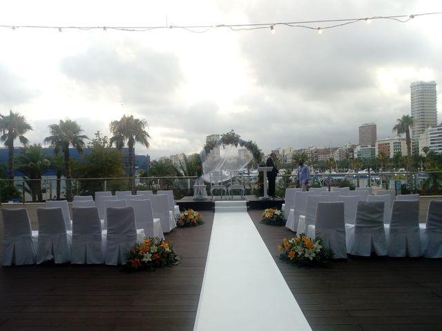 La boda de Álvaro y Mary en Alacant/alicante, Alicante 5