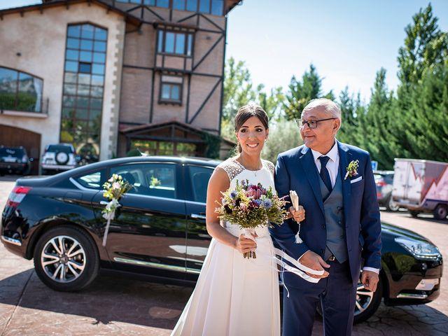 La boda de Gonzálo y Aitana en Laguardia, Álava 11