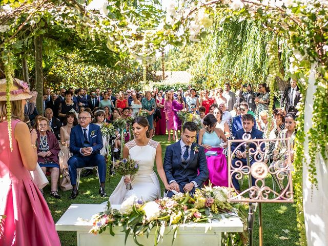 La boda de Gonzálo y Aitana en Laguardia, Álava 12