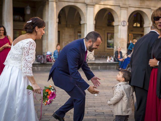 La boda de Roberto y Sonia en Vitoria-gasteiz, Álava 23