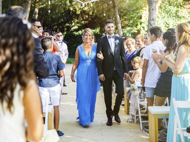 La boda de Joel y Maria Jose en Sant Cugat Sesgarrigues, Barcelona 53