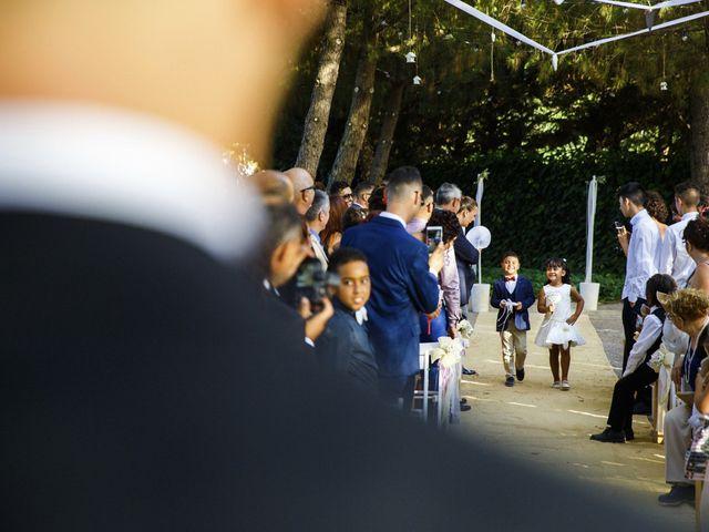 La boda de Joel y Maria Jose en Sant Cugat Sesgarrigues, Barcelona 54