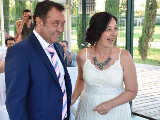La boda de Ernesto y Ines en Zaragoza, Zaragoza 3
