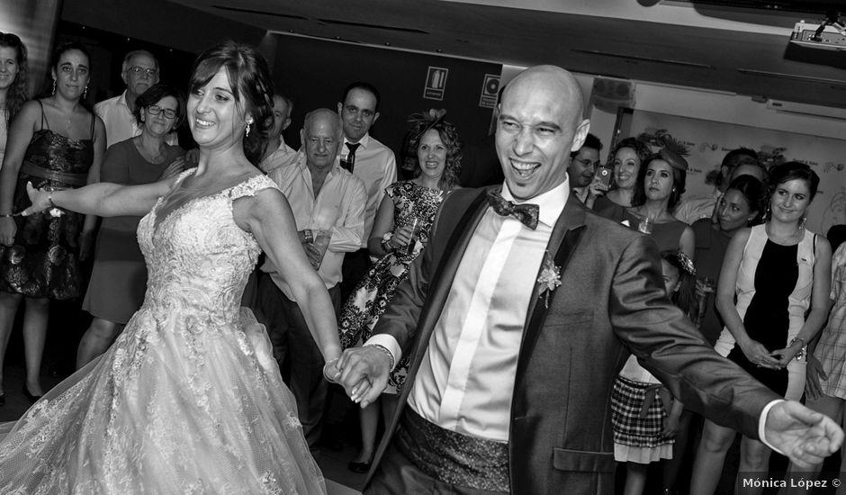 La boda de David y Sara en Puertollano, Ciudad Real
