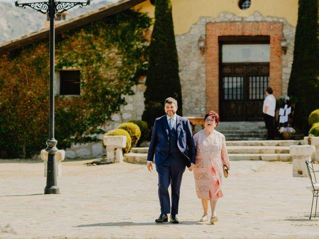 La boda de Óscar y Silvia en Collado Villalba, Madrid 34