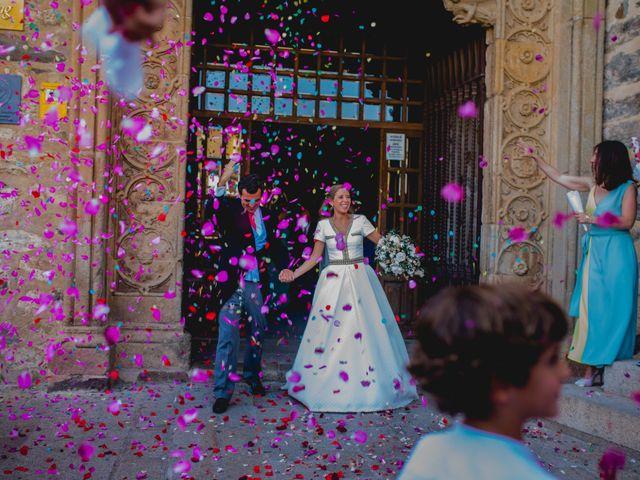 La boda de Rafael y Raquel en Guadalupe, Cáceres 37
