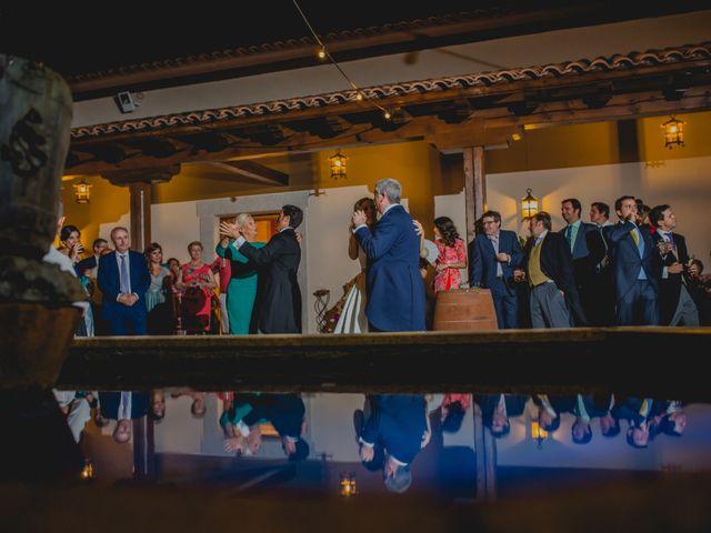 La boda de Rafael y Raquel en Guadalupe, Cáceres 51