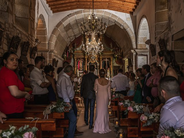 La boda de Mario y Jessica en Vimianzo, A Coruña 33