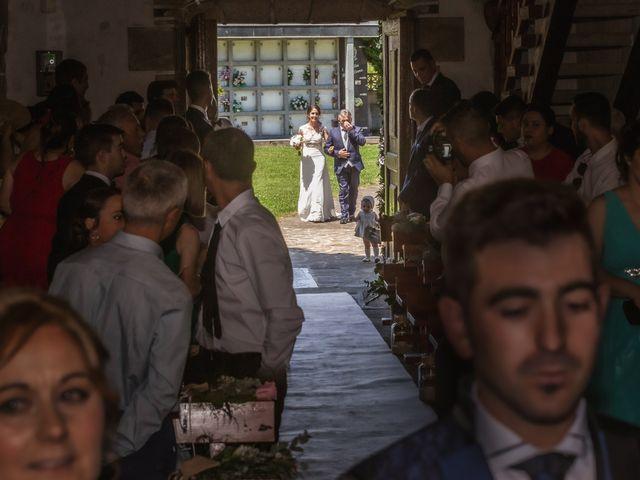 La boda de Mario y Jessica en Vimianzo, A Coruña 35