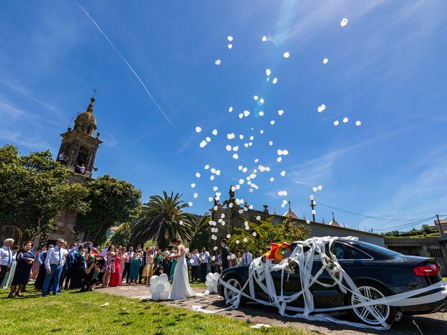 La boda de Mario y Jessica en Vimianzo, A Coruña 56
