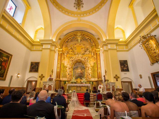 La boda de Rafael y Jessica en Motril, Granada 11