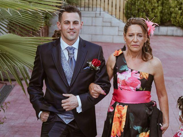 La boda de Jonathan y Rocío en Navalcarnero, Madrid 21