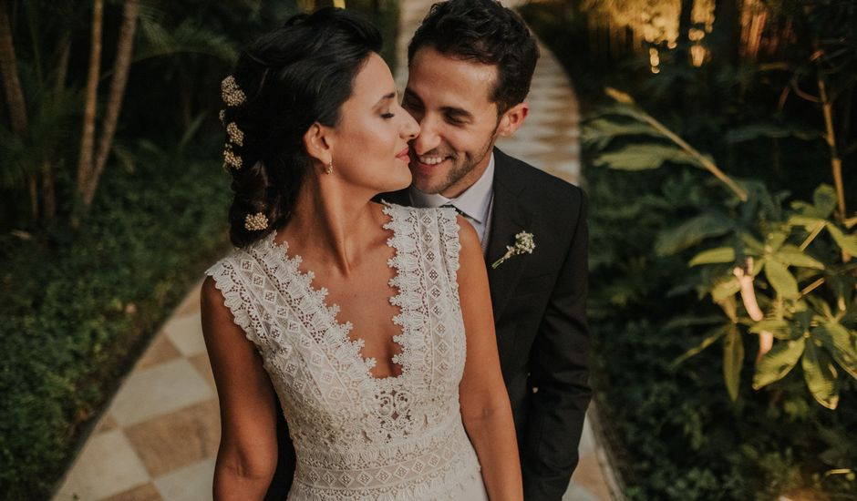 La boda de Javi y Mavi en Málaga, Málaga
