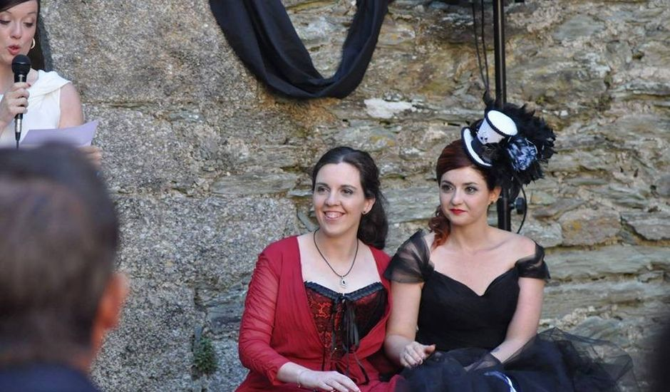 La boda de lydia y caty en Moeche (San Xoan), A Coruña