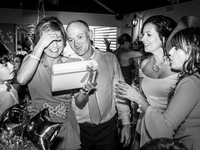 La boda de Santi y Yessi en Tui, Pontevedra 47
