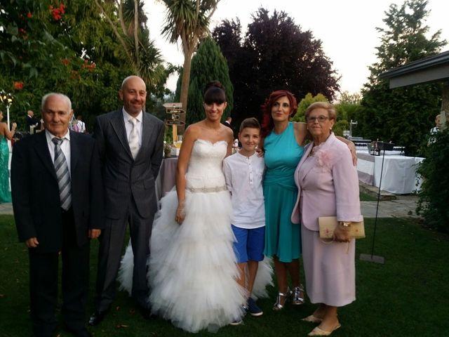 La boda de Dani y Dana en San Andres De Montejos, León 10