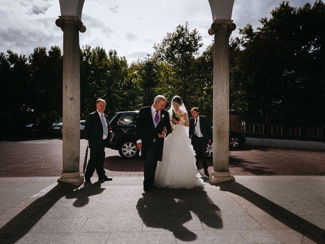 La boda de Joaquin y Gloria en Torrelodones, Madrid 16