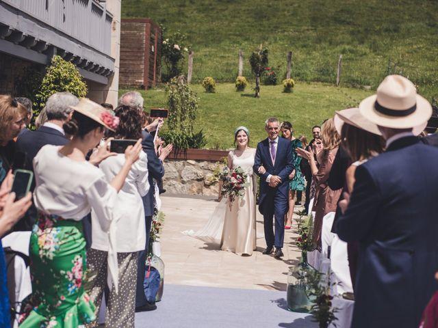 La boda de Ignacio y Esther en Pueblo Zizurkil, Guipúzcoa 28