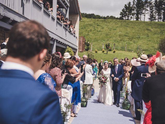 La boda de Ignacio y Esther en Pueblo Zizurkil, Guipúzcoa 29