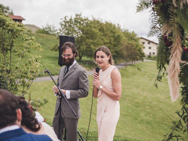 La boda de Ignacio y Esther en Pueblo Zizurkil, Guipúzcoa 30
