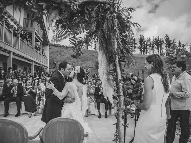 La boda de Ignacio y Esther en Pueblo Zizurkil, Guipúzcoa 49