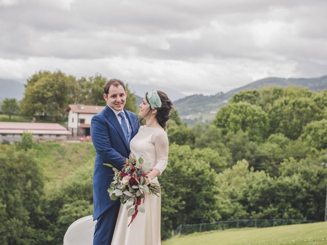 La boda de Ignacio y Esther en Pueblo Zizurkil, Guipúzcoa 53