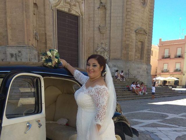 La boda de Jesús y María en Cádiz, Cádiz 6