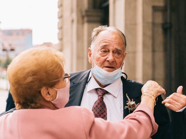 La boda de Roberto y Cris en Gijón, Asturias 13