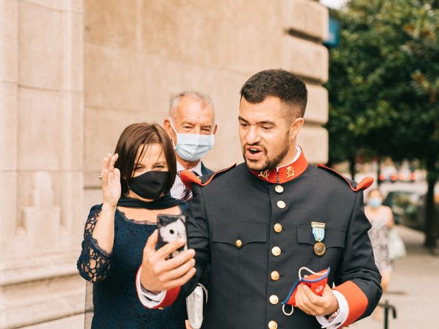 La boda de Roberto y Cris en Gijón, Asturias 18