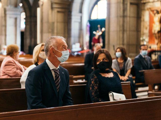 La boda de Roberto y Cris en Gijón, Asturias 30
