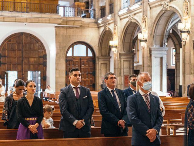 La boda de Roberto y Cris en Gijón, Asturias 82