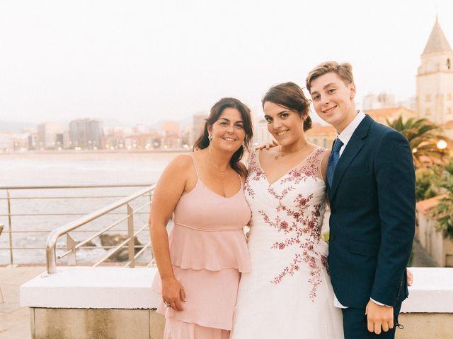 La boda de Roberto y Cris en Gijón, Asturias 178