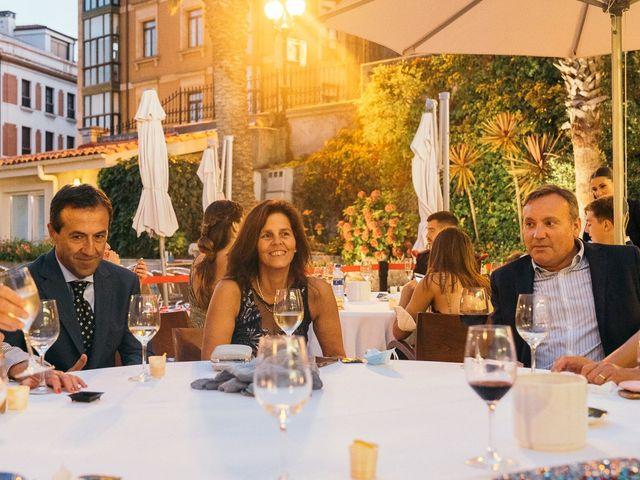 La boda de Roberto y Cris en Gijón, Asturias 200