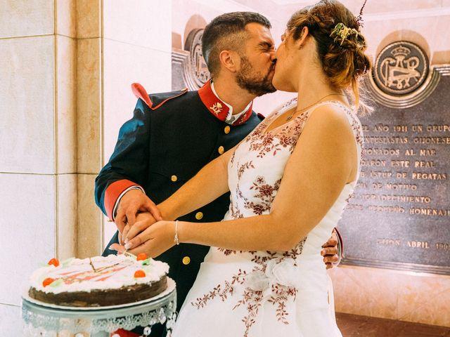 La boda de Roberto y Cris en Gijón, Asturias 228