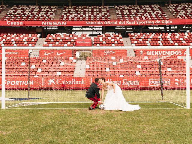 La boda de Roberto y Cris en Gijón, Asturias 286