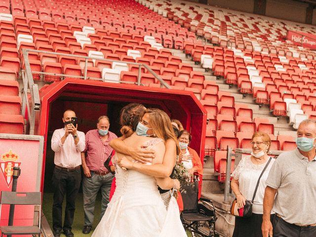 La boda de Roberto y Cris en Gijón, Asturias 304