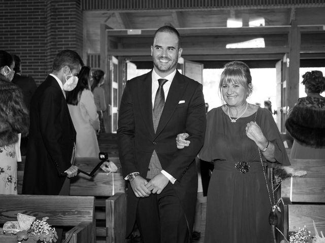 La boda de Kike y Silvia en Hoyo De Manzanares, Madrid 14