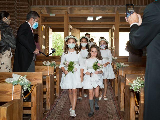 La boda de Kike y Silvia en Hoyo De Manzanares, Madrid 15