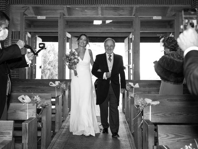 La boda de Kike y Silvia en Hoyo De Manzanares, Madrid 16