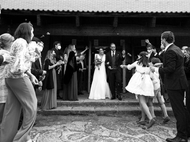 La boda de Kike y Silvia en Hoyo De Manzanares, Madrid 23