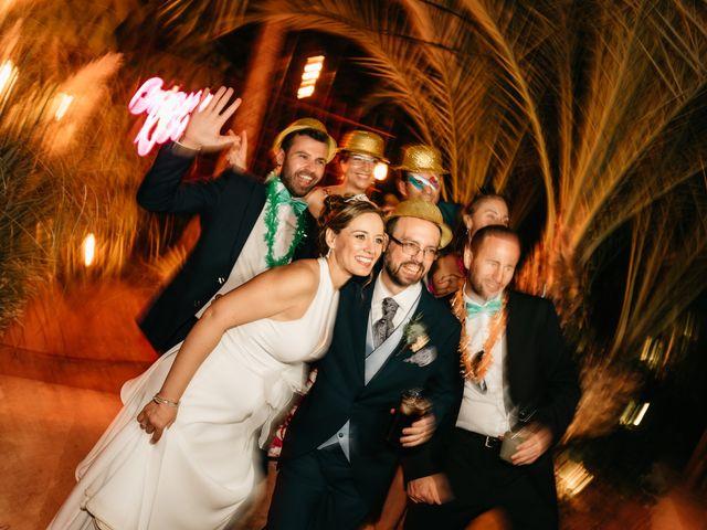 La boda de Laura y Daniel en Roquetas De Mar, Almería 32