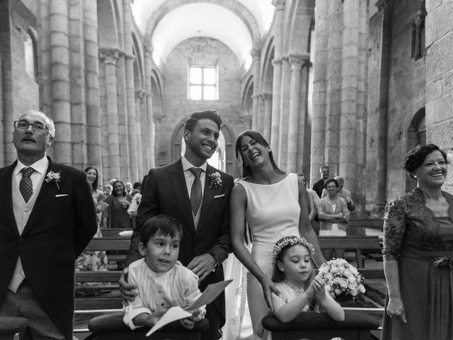 La boda de Alex y Cristina en Santiago De Compostela, A Coruña 13