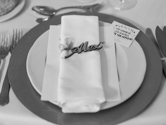 La boda de Alex y Cristina en Santiago De Compostela, A Coruña 22